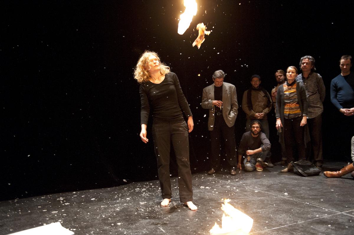 BONE 15, Schlachthaus Theater, Bern (CH), 2012. Foto: Martin Rindlisbacher